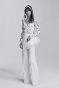 2016-04-22-1461341397-6943747-peneliesaabbridalweddingdressesspring2017019.jpg