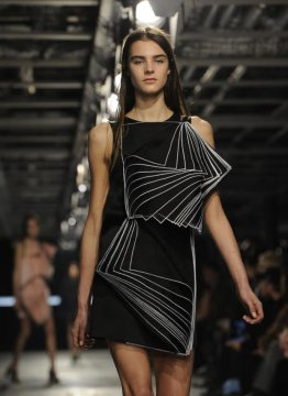 Autumn/winter 2014 style styles: Geometric shapes for