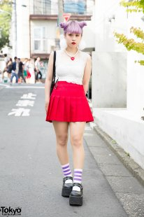 Cheerleader Skirt & Lace Top in Harajuku