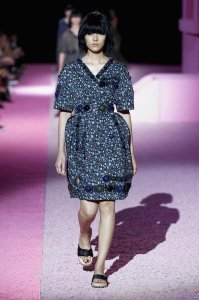 big plus fee, oversized polka dots were spotted every where. Dots are all you may need from Marc by Marc Jacobs.