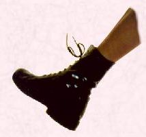 image of a doc marten shoe. Manner record and outfit history 1980s.
