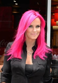 Pink tresses trend